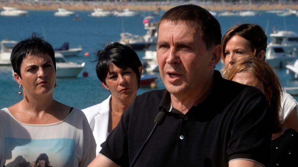 Momento de tensión entre Zabala y Alonso: «¿No me considera una víctima del terrorismo?».Iñigo Urkullu, lendakari y candidato a la reelección
