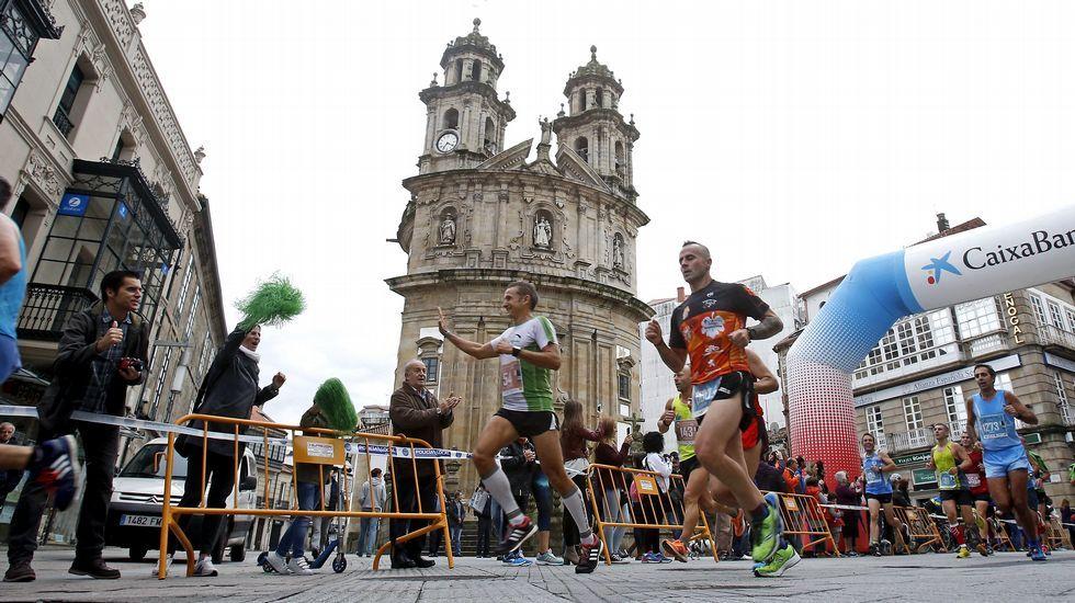 Veintidós flexiones por España.Media Maratón de Pontevedra