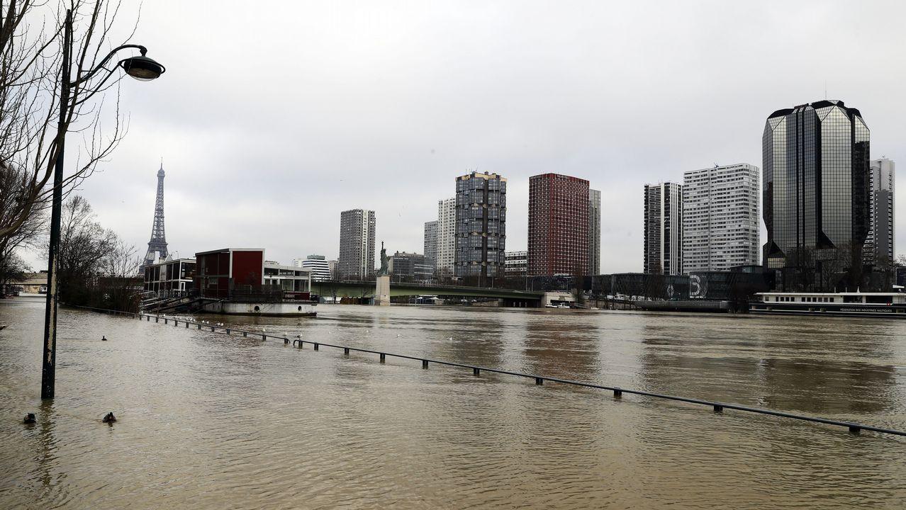 París en alerta por la crecida del Sena