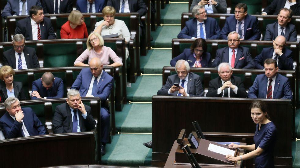 La representante de la iniciativa «Stop Abortion», Joanna Banasiuk, en su intervencion en el Parlamento