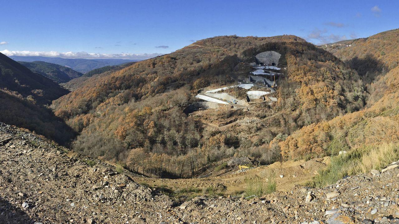 Enero del 2018: así estaba el valle cuando se iniciaron las obras de las cimentaciones para las pilas, tres meses después de retomar los trabajos.