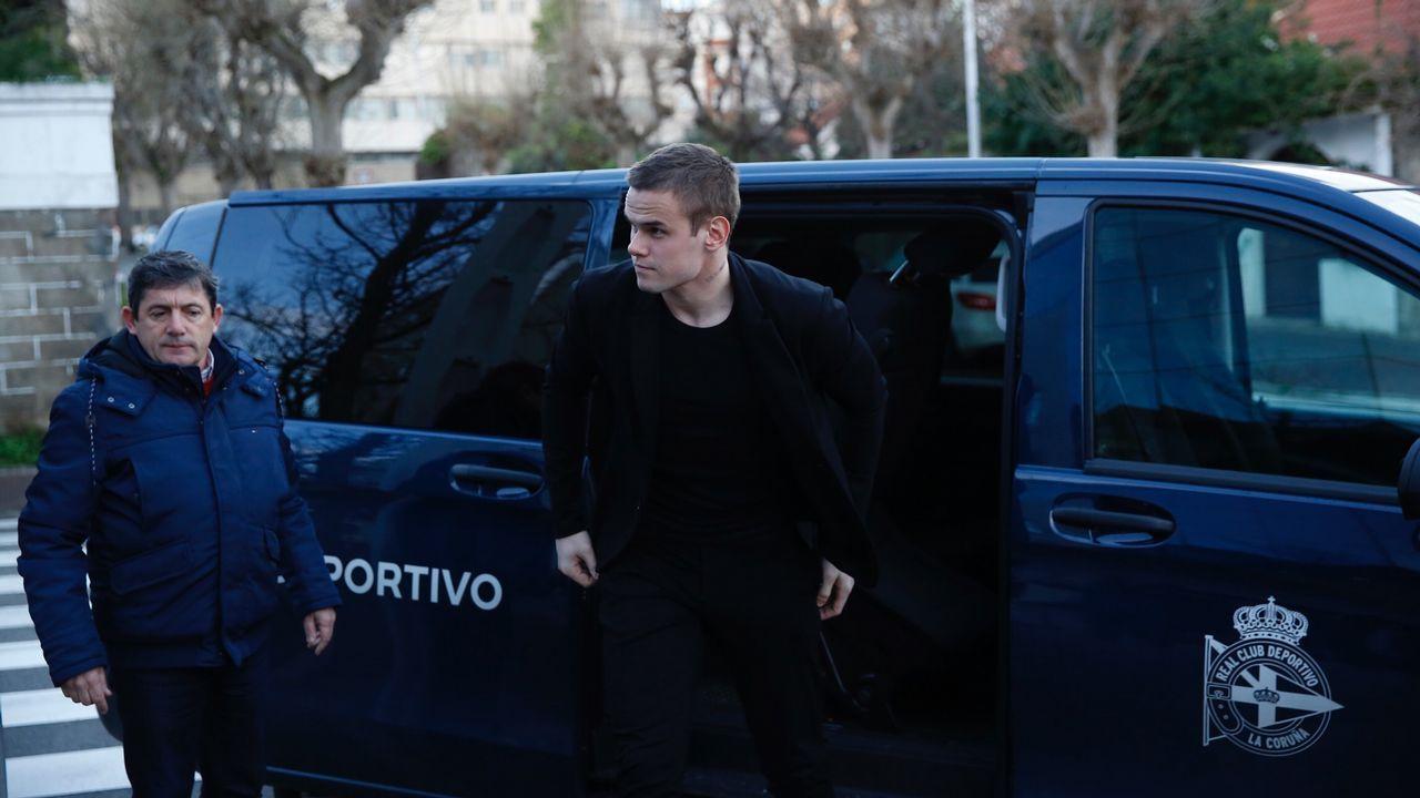 En directo: rueda de prensa de Tino Fernández y de Cristóbal.Alineación del Real Oviedo ante el Alcorcón
