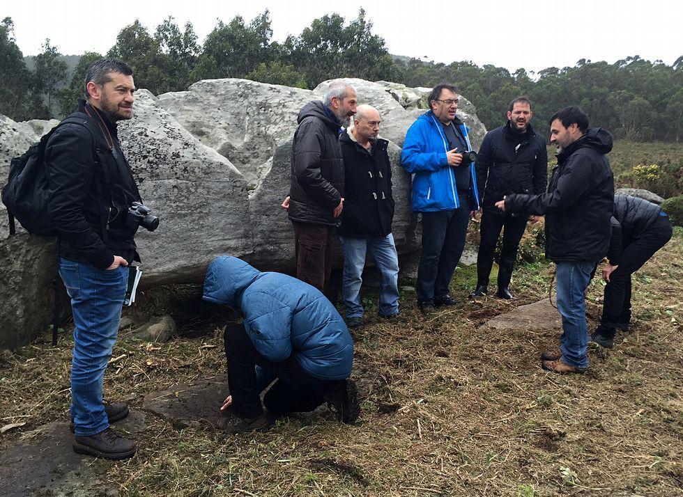El alcalde y el edil de Cultura realizaron una inspección con los miembros de A Rula.