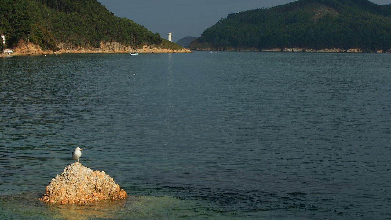 Vista de la Ría de O Barqueiro, punto de encuentro entre el Atlántico y el Cantábrico