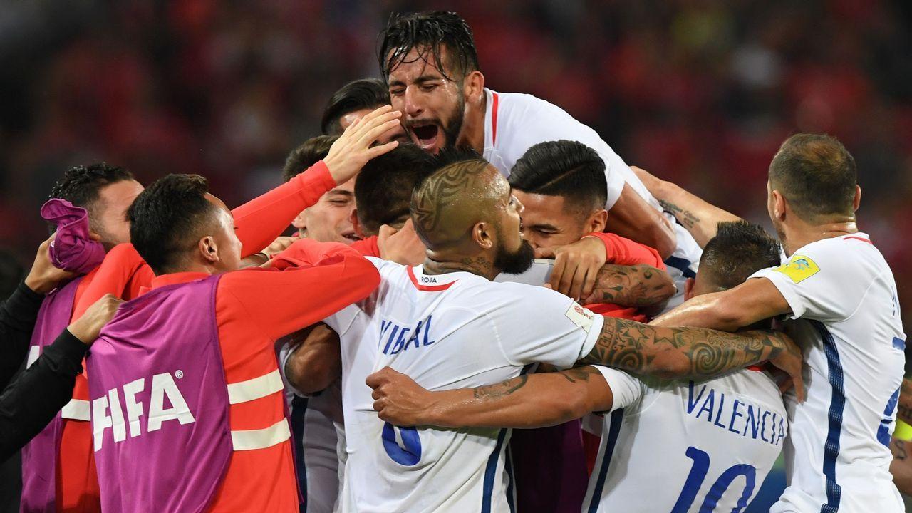 Resumen Chile 2-0 Camerún.