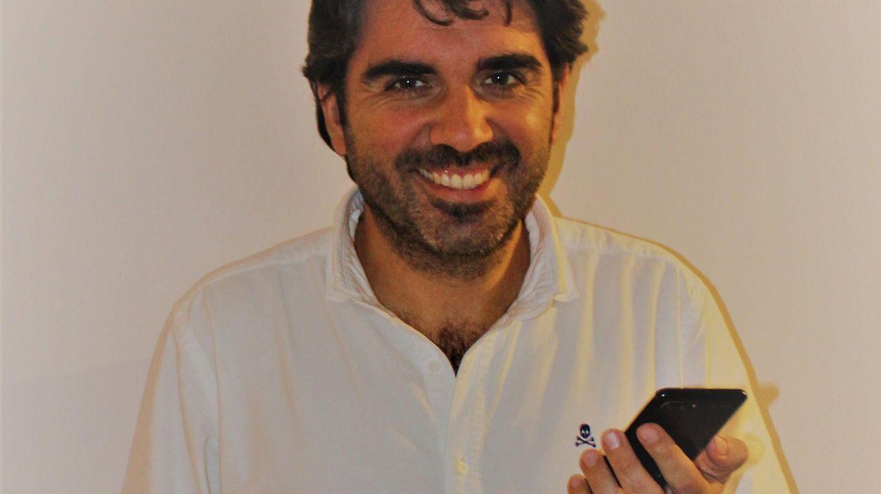 Juan de Gorostidi, autor de «El WhatsApp de padres»