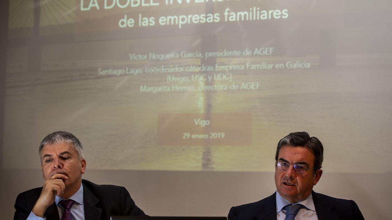La ministra de Industria, Reyes Maroto durante su intervención en la sesión de control al gobierno celebrada en el Congreso.
