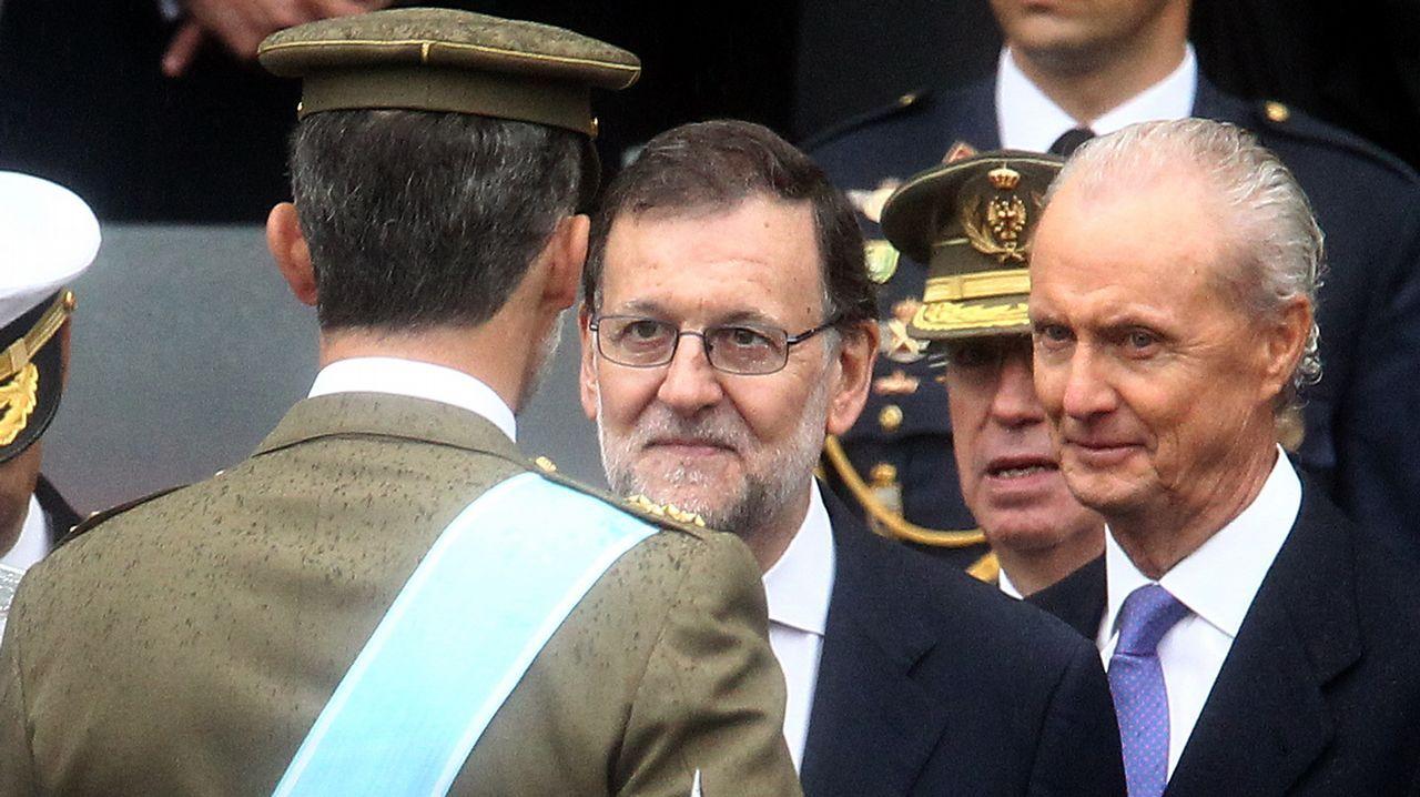 A la derecha, Pedro Morenés