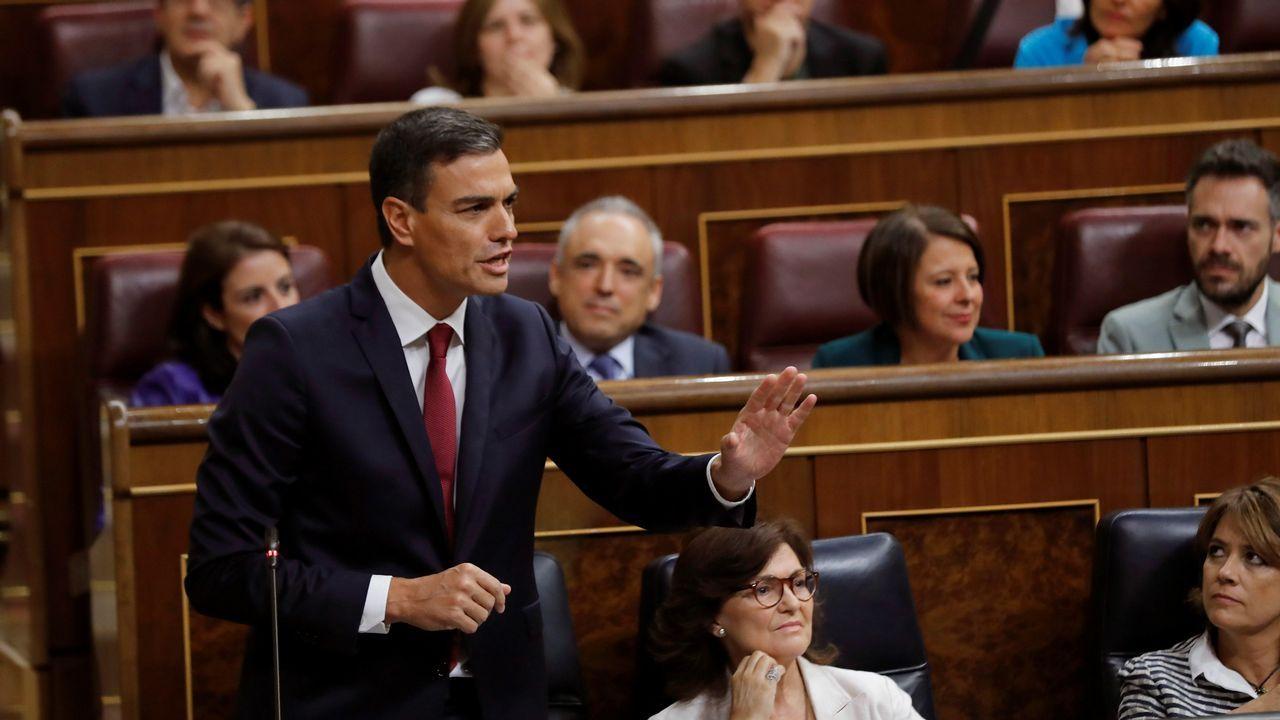 Sánchez reaccionó airado a la pregunta de Rivera, y lo acusó de hacer del Congreso un lodazal