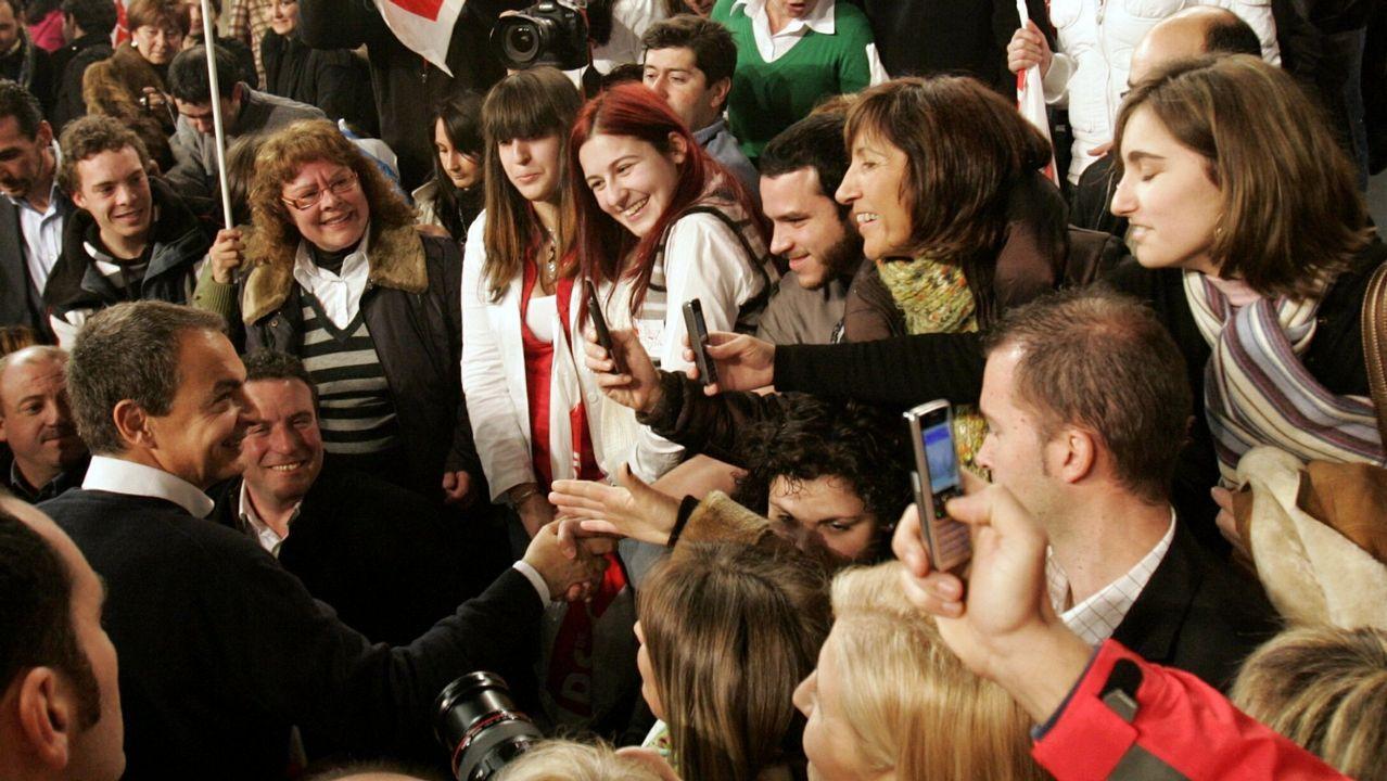 Elecciones autonómicas. En enero del 2009 visitaban Ourense Mariano Rajoy y José Luis Rodríguez Zapatero que apoyaban a sus respectivos candidatos. Era todavía tiempos de mítines multitudinarios.