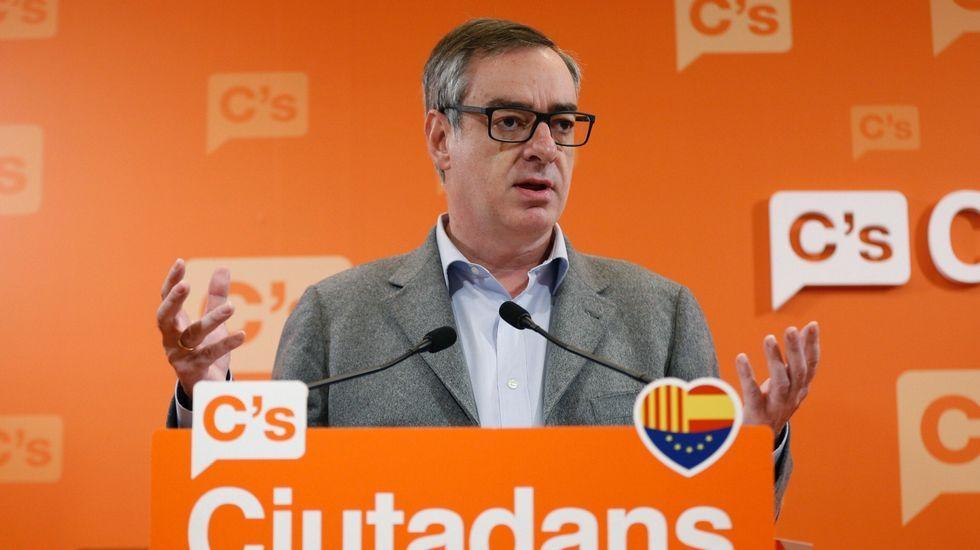 El vicesecretario general de Ciudadanos, José Manuel Villegas, durante la rueda de prensa en la sede del partido, en Barcelona, para valorar el discurso del Navidad del rey Felipe VI
