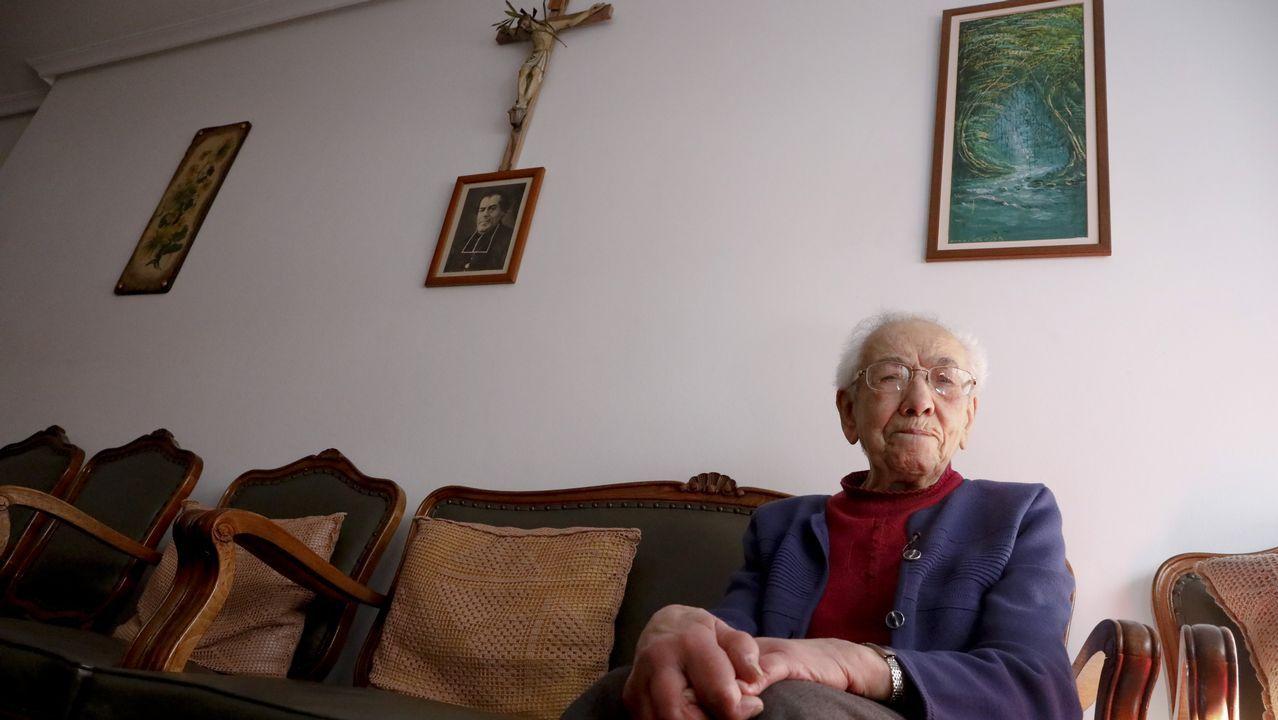 «Tengo 100 años, fui enfermera hasta los 72 y sigo levantándome a las 7 de la mañana».