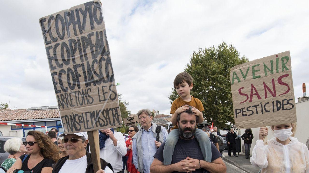 El derbi Calvo Xiria-Conservas Boya, en imágenes.Manifestación contra los pesticidas en Francia