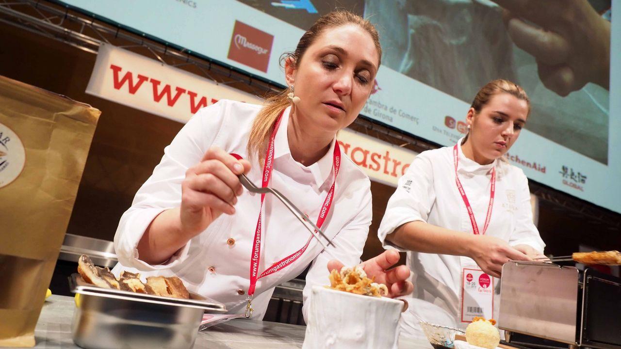 Lucía Freitas (A Tafona - Santiago): «Las primeras risas de mi día las echo con mis 'peixeiras' y placeras; son parte de mi trabajo y mi vida»