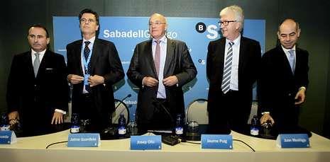 El consejo de administración del Sabadell Gallego celebró en A Coruña su segunda reunión.