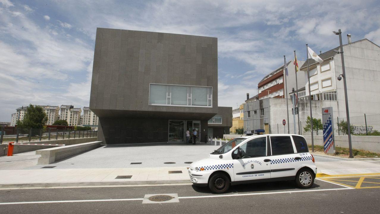 Seis de los 18 acusados por la DUI serán juzgados en Cataluña.Sánchez y Rubalcaba en el congreso del 2014 en el que el primero fue elegido secretario general del PSOE