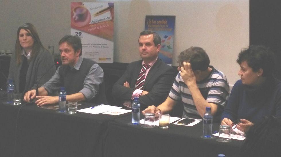 El fiscal Alberto Rodríguez (centro) y portavoces de las asociaciones organizadoras del encuentro