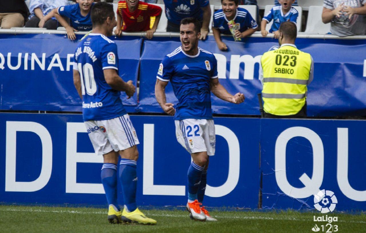 Copa Integra benjamin Real Oviedo Sporting.Joselu y Saul celebran el primer gol azul