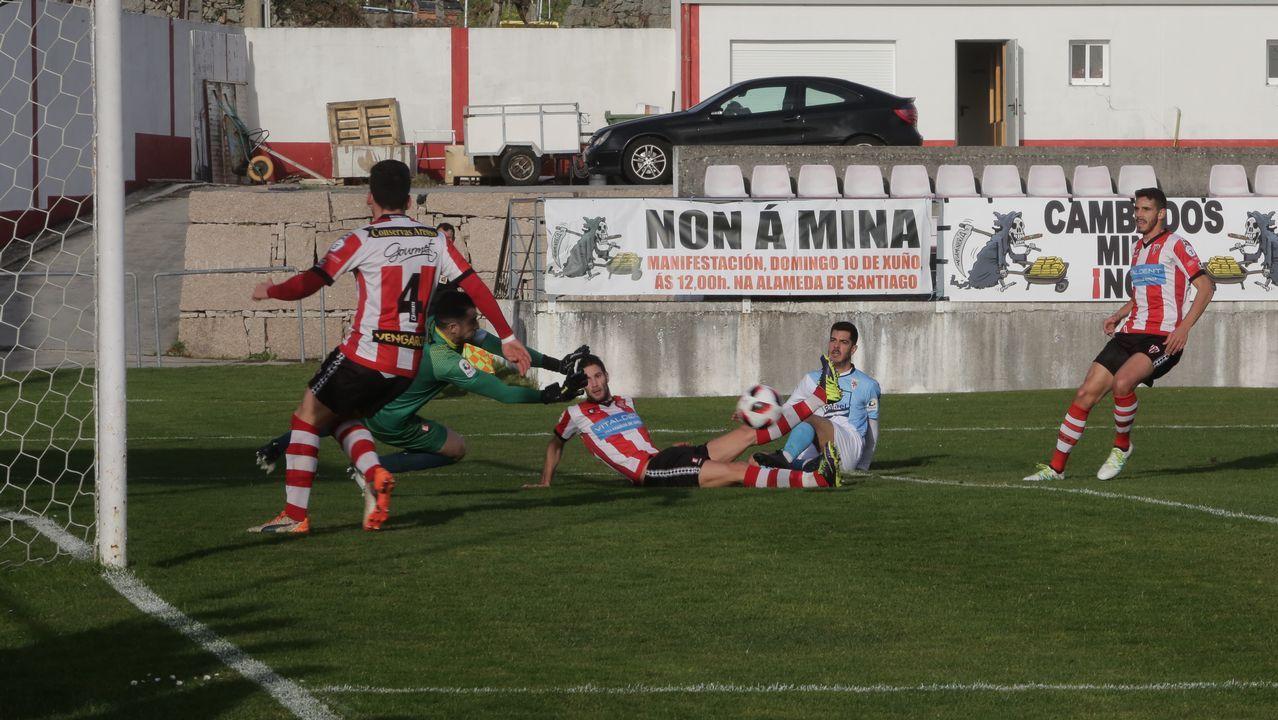 Las imágenes del partido entre el Céltiga y el Racing de Ferrol