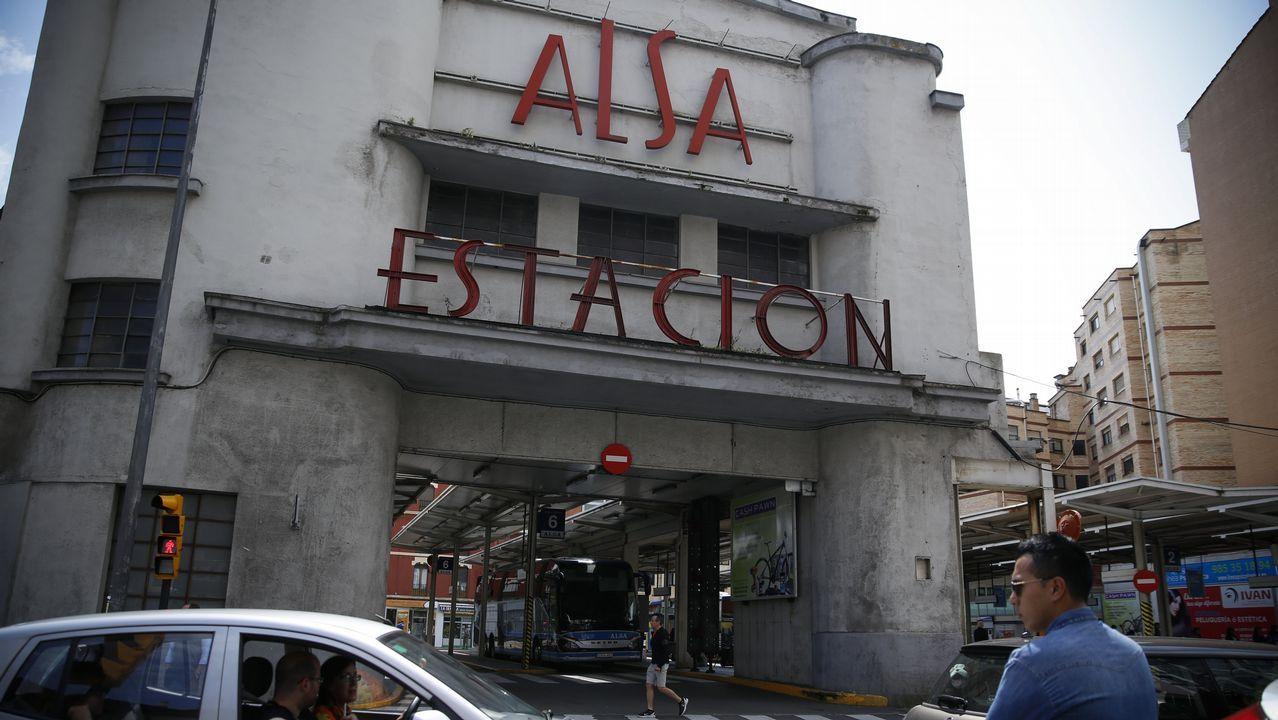 Destino bilingüie.El tren turístico de Alsa en El Escorial