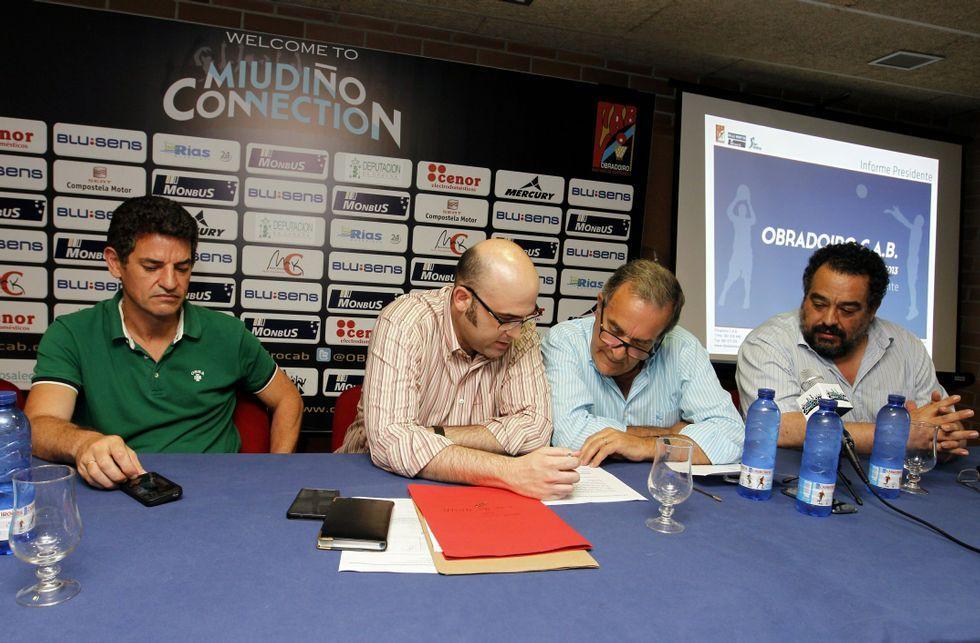 La derrota del Obradoiro en Málaga, en fotos.La asamblea de mañana comenzará con el habitual informe del presidente Raúl López.