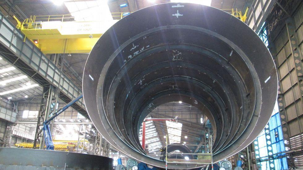 .Las superestructuras están formadas por anillos de acero