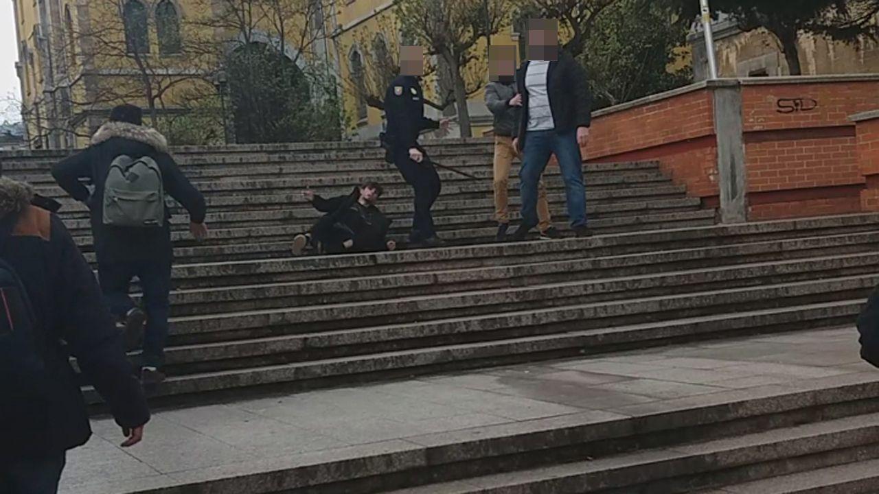 Cuatro escenas del altercado del campus de El Milán.El noruego Frode Berg, poco antes de recibir su sentencia en Tribunal Municipal de Moscú