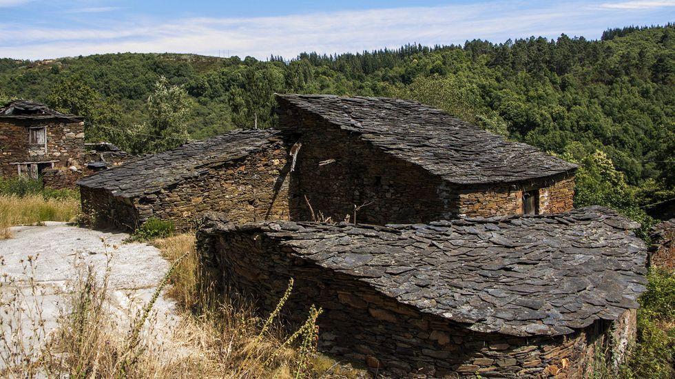 Otro aspecto de las construcciones tradicionales de la aldea