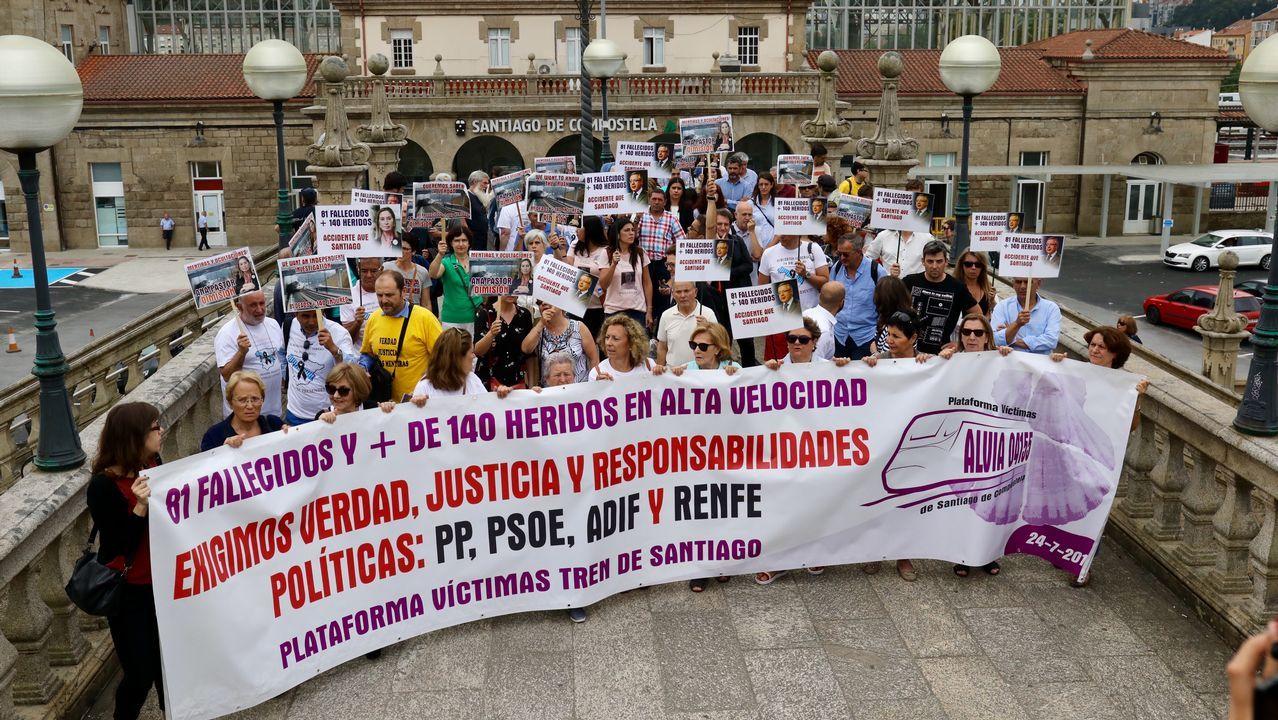 Manifestación de las víctimas del accidente de Angrois.