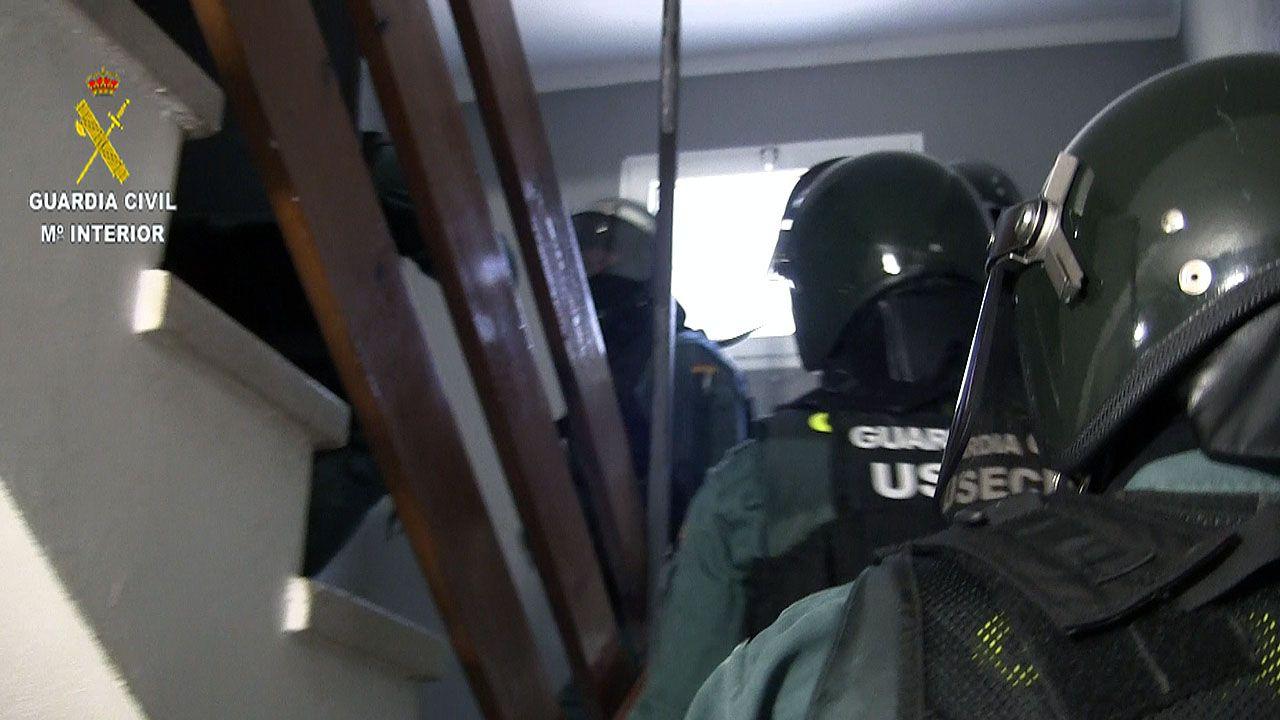 Operativo de la Guardia Civil para detenir al agresor del sargento de Cancienes