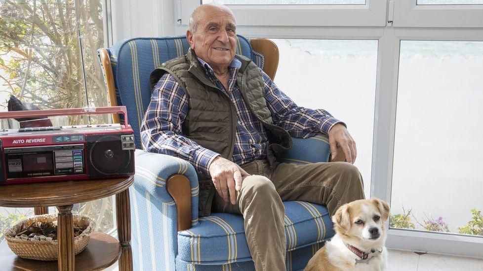 Perfecto Gómez, en su casa de Corme, donde reside desde que volvió en el 91.