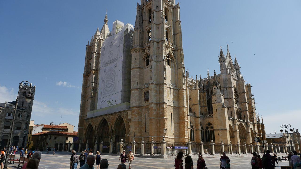 .Vista de la catedral de León