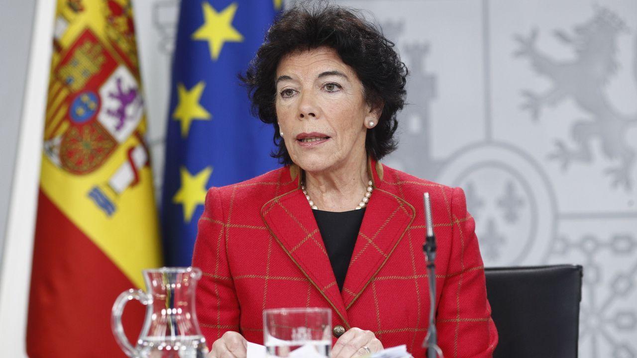 El Congreso vota hoy a favor de iniciar la transferencia de la AP-9 a Galicia. El lendakari, Iñigo Urkullu (derecha), y el consejero de Gobernanza Pública y Autogobierno, Josu Erkoreka