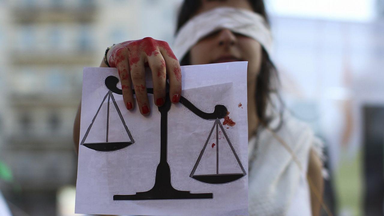 | REUTERS.Manifestación en Buenos Aires contra la violencia machista y por la despenalización del aborto