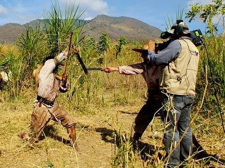 Rodaje de la película Memorias de un soldado, de Caupolican Ovalles.