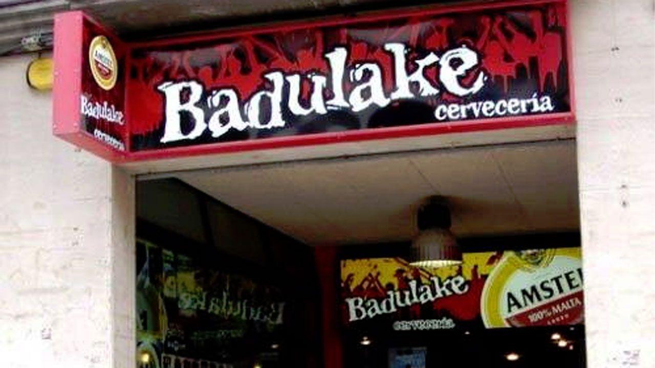 .El Badulake, local de copas en Oviedo