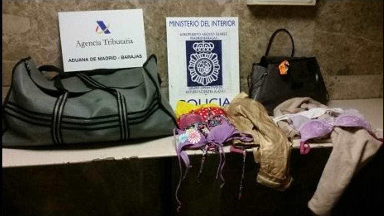 91 aniversario Real Oviedo Girona Carlos Tartiere.Torra viaja este miércoles a Edimburgo donde tiene previsto reunirse con la primera ministra escocesa y con la fugada exconsejera Ponsatí