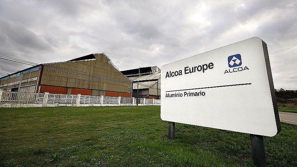 Centro penitenciario de Villabona.Factoría de Alcoa en Avilés