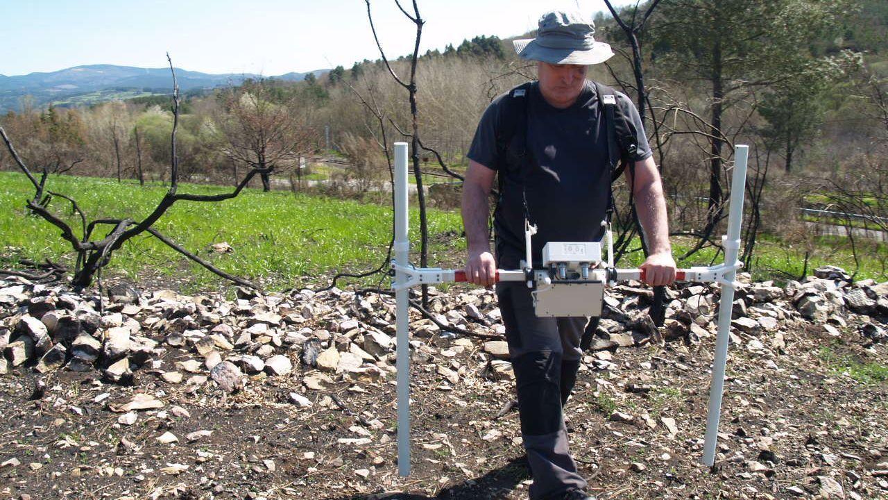 Radiografía de un campo de batalla.El crowdfunding para excavar la fosa común de Parasimón, en Lena