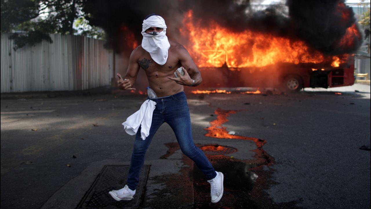 Así fue el momento en el que un tanque atropella a civiles en Venezuela.Leopoldo López, en una imagen de archivo