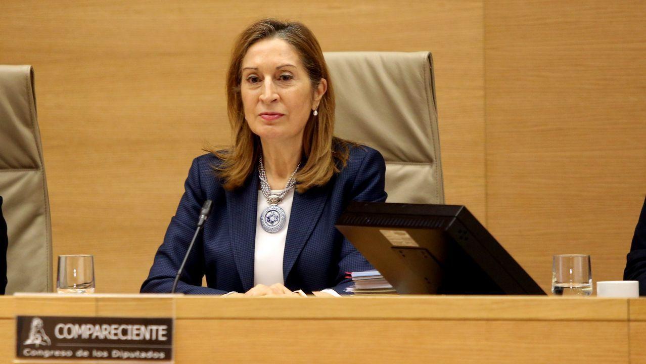Feijoo preside el aniversario de la Victoria electoral del 2009.Guerra, en imagen de archivo, milita en el PP desde hace 37 años.