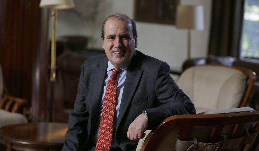 Feijoo, hoy, en la rueda de prensa tras el Consello de la Xunta.Augusto Pérez-Cepeda es decano en funciones desde el 2013.