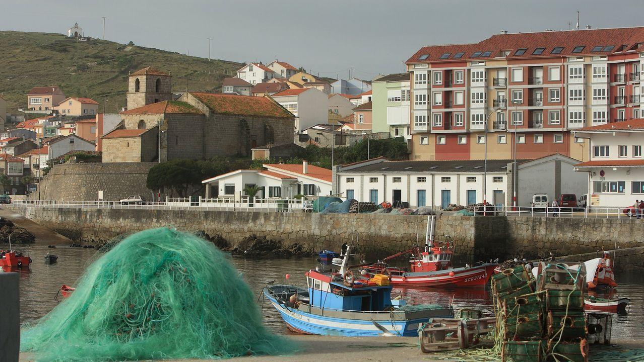 .Imagen de archivo del puerto de Laxe
