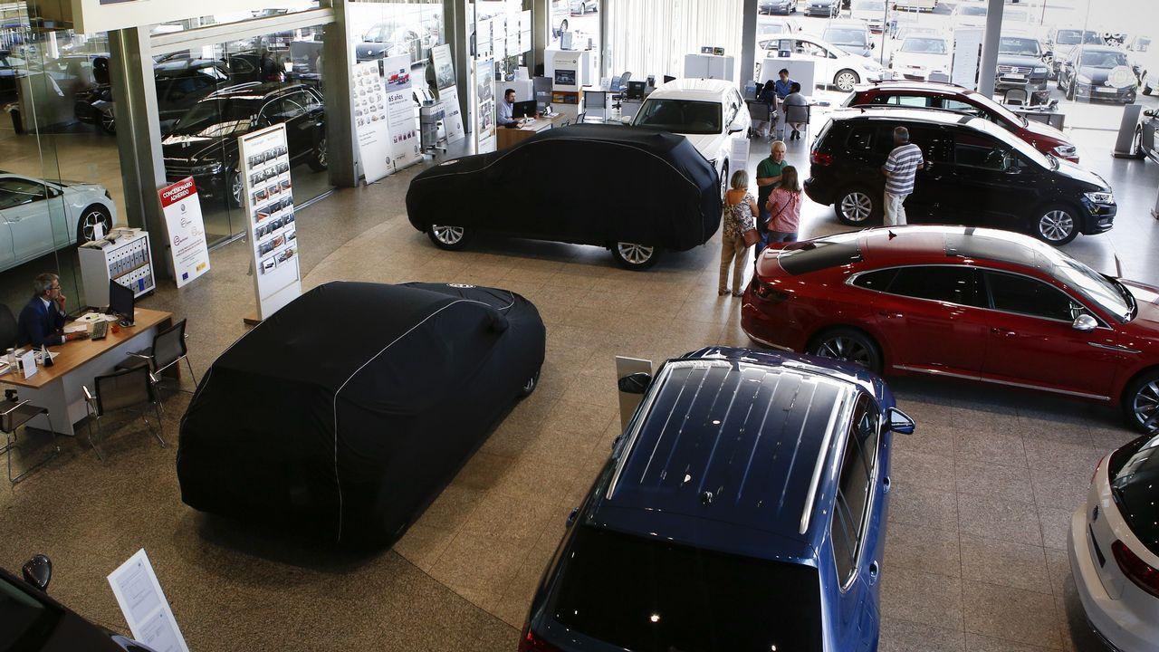 La nueva berlina de BMW.Concesionario en el polígono de Barreiros