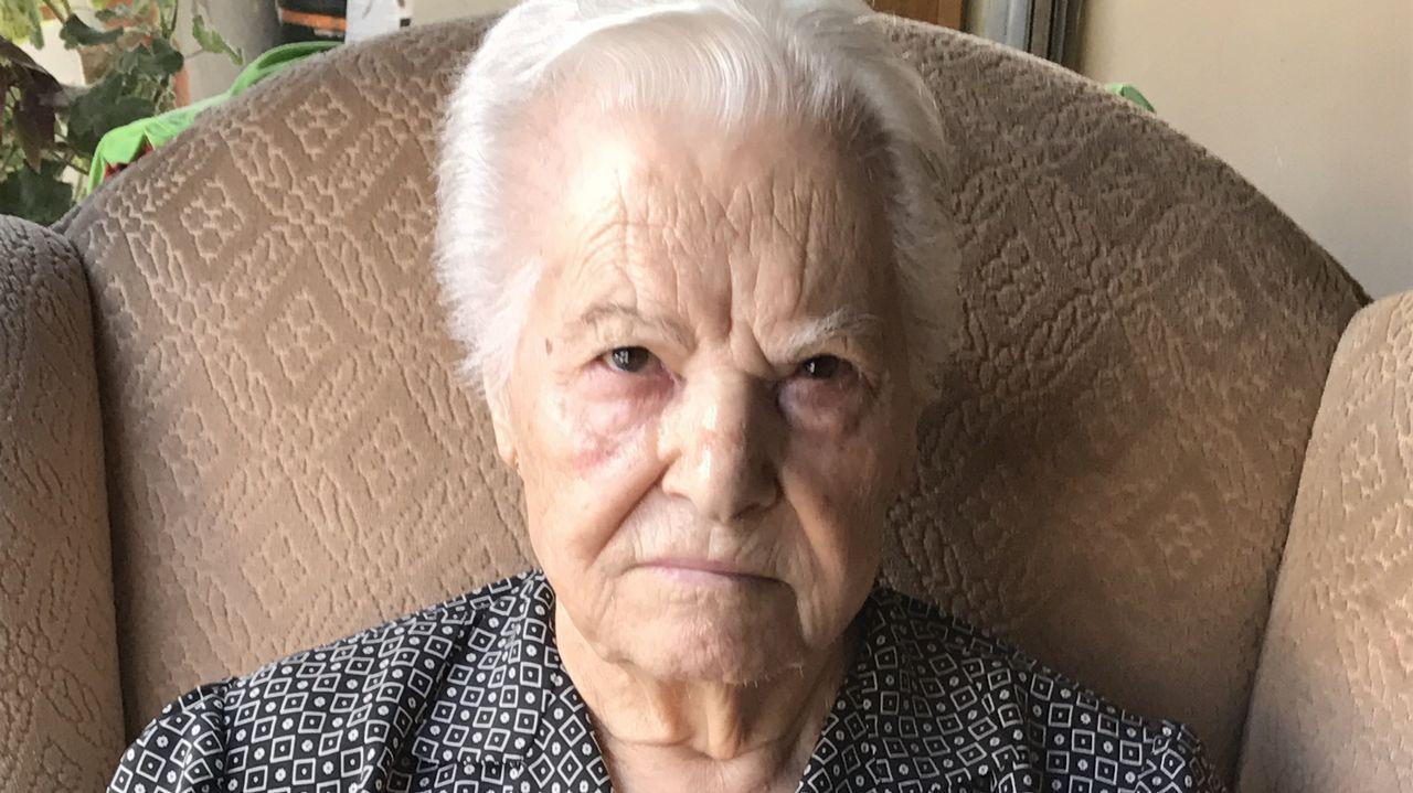 Emilia Rodríguez, 91 años. Nació en Sober pero vive en Vigo. Fue costurera
