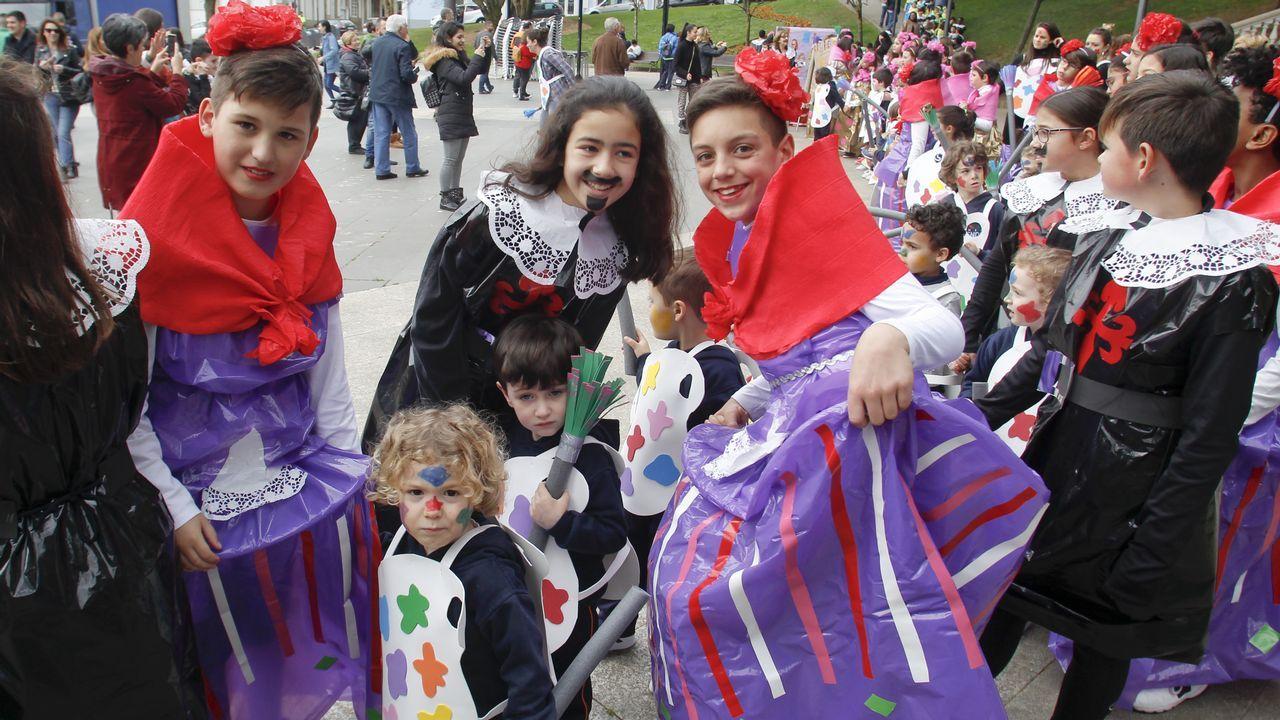 El Carnaval llega a los colegios de Ferrol
