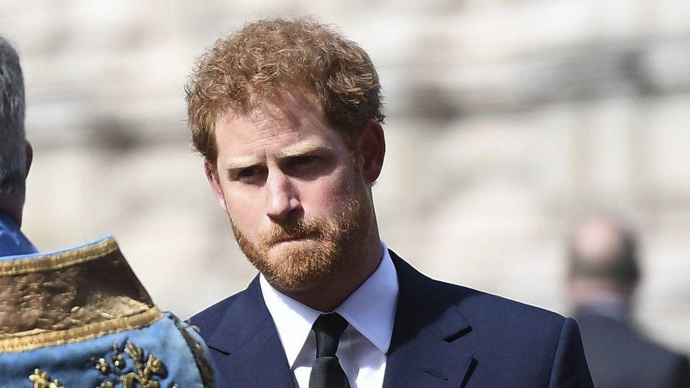 La familia real británica crece.Diana, Carlos y sus hijos, con la familia real española en el palacio de Marivent (Mallorca).