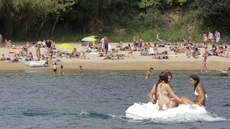 Playa de Retorta, en Boiro.Playa de Espiñeiro, en Oleiros