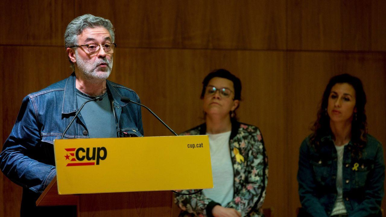 Quim Torra: «Nuestro presidente es Puigdemont y seremos leales al mandato del 1-O».Carles Riera, portavoz de la CUP