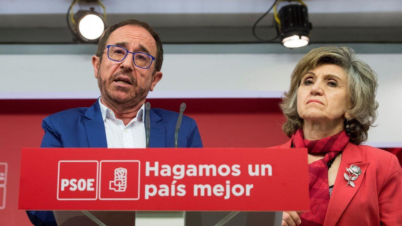 El secretario de Justicia y Nuevos Derechos, Andrés Perelló, y la secretaria de Sanidad, Luisa Carcedo, durante la rueda de prensa en la que presentaron su propuesta